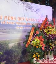 Lãng hoa chúc mừng nhà hàng Ví Giặm tại 319 Tây Sơn, hoa chúc mừng và giỏ hoa chúc mừng