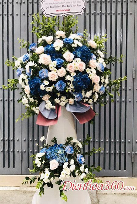 Mẫu hoa khai trương màu xanh