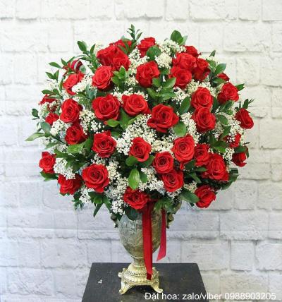 Bình hoa hồng-hoa hồng đỏ