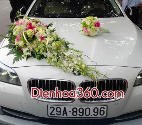 Xe hoa cô dâu tông màu sáng