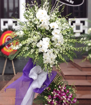 Đặt hoa tang tphcm
