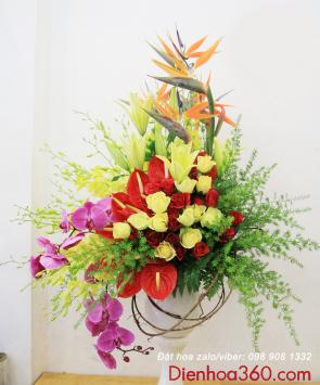mua binh hoa tuoi ha noi