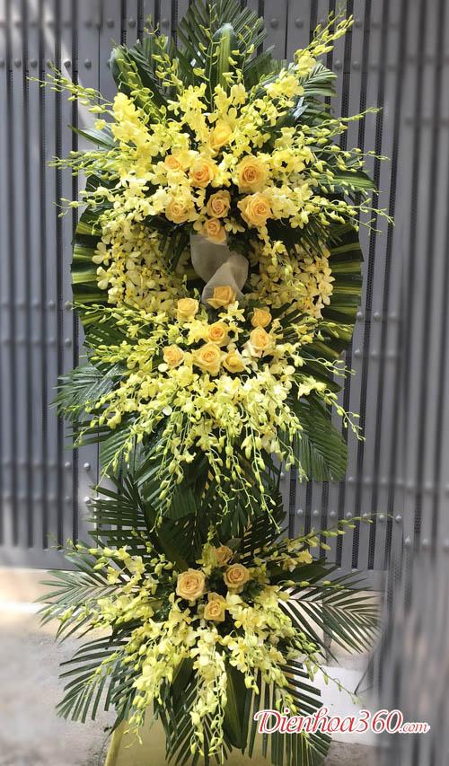 Đặt vòng tang lễ tại Hà Nội