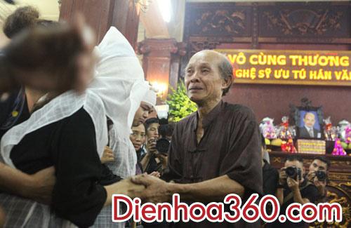 hoa vieng dam tang nghe si han van tinh (3)