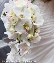 Cách chọn hoa cưới theo hình dáng cô dâu