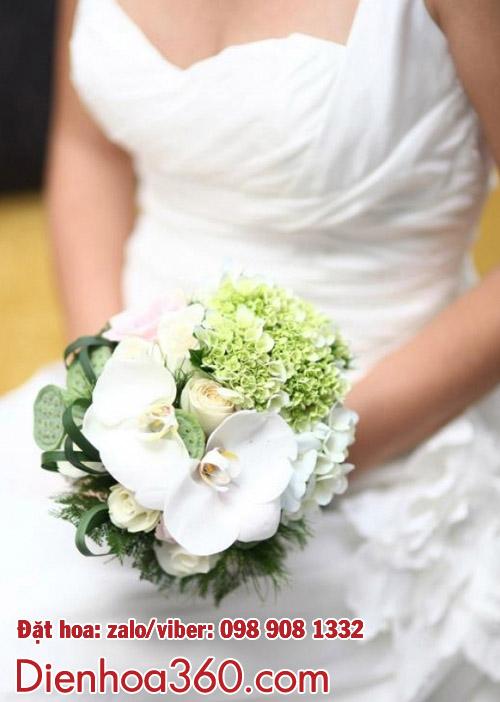 Hoa cưới lan hồ điệp-bó hoa cưới đẹp