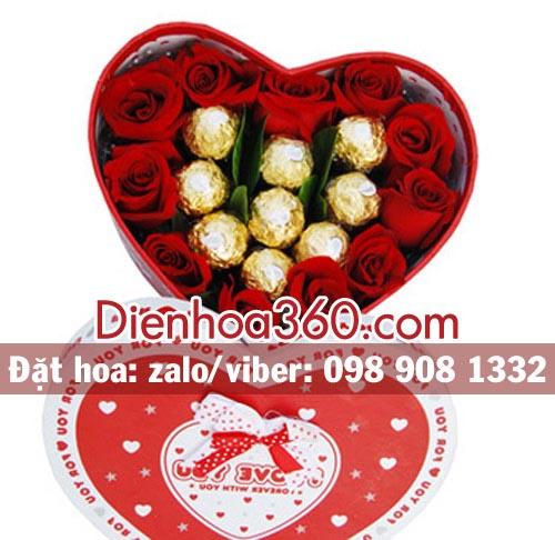 Hộp hoa hồng sô cô la (chocolate) tặng 1402