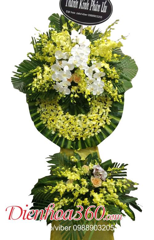 Vòng hoa đám ma nhà tang lễ
