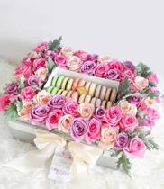 Hộp hoa tươi | bánh macaron