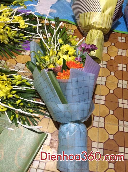 bo hoa tang dai bieu, hoa tang thay co