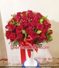 Hoa Tân gia nên chọn hoa gì khi bạn bè chuyển đến nhà mới