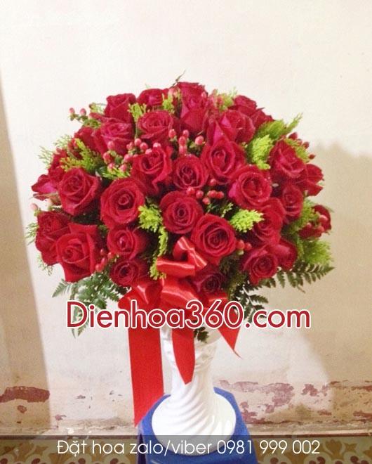 hoa tang tan gia, binh hoa tuoi