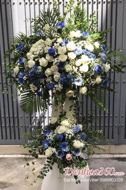 Lãng hoa khai trương màu xanh