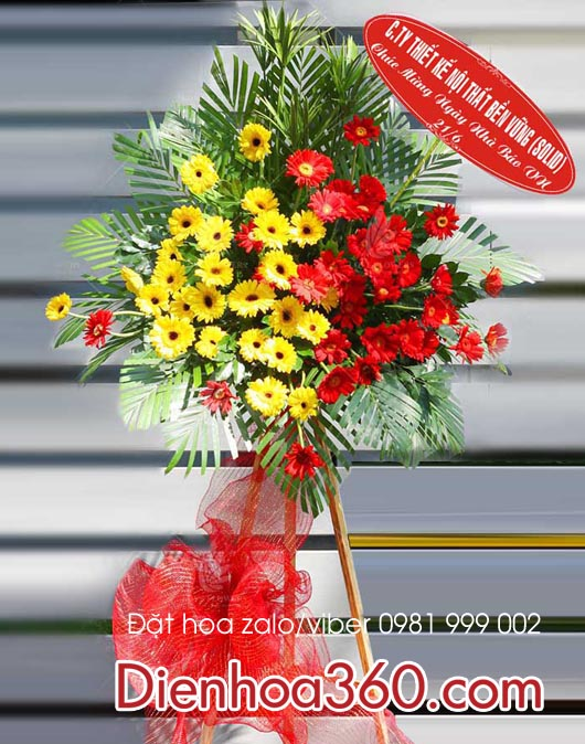 lang hoa mung ngay bao chi 21-6