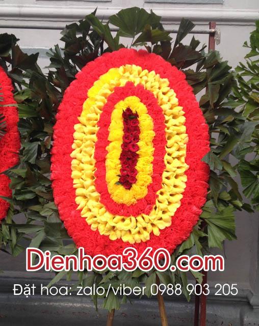 vòng hoa chia buồn nhà tang lễ 354
