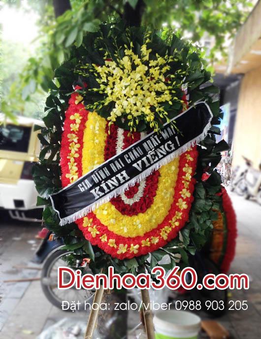Vòng hoa viếng 125 Phùng Hưng