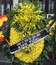 Vòng hoa viếng đám tang Hà Nội
