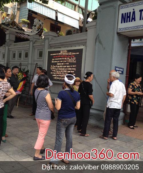 cua-hang-hoa-125-phung-hung