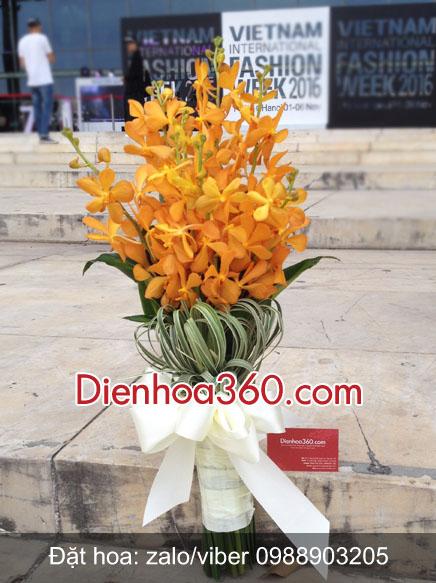 Hoa tặng đại biểu đẹp