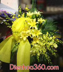 Hướng dẫn cắm lãng hoa chia buồn tông màu vàng