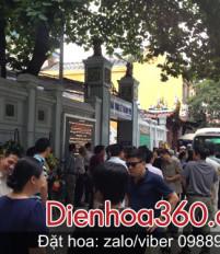 Đặt hoa chia buồn 125 Phùng Hưng ở đâu?