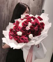 Bó hoa xinh xắn tặng người thân