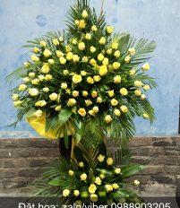 Tư vấn hoa tươi chúc mừng nên chọn lãng hoa hay giỏ hoa