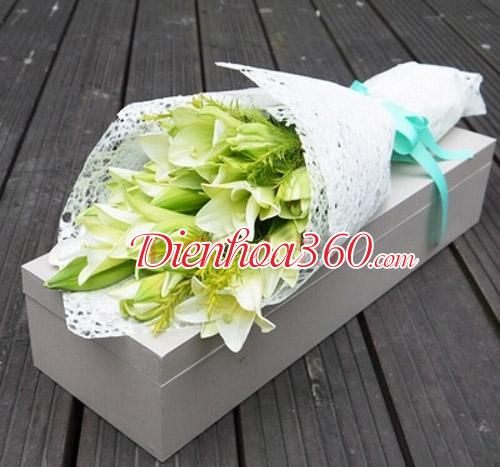 Hoa sinh nhật lãng mạn hoa loa kèn