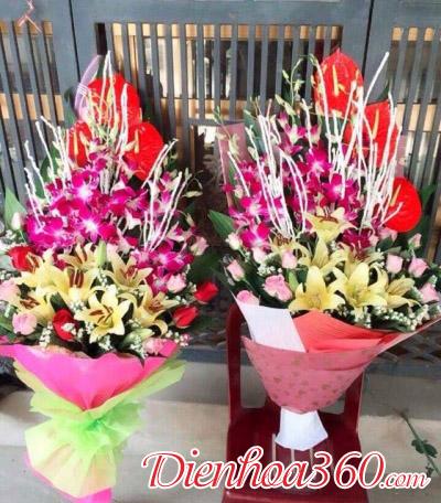 Bó hoa dài tặng đại biểu