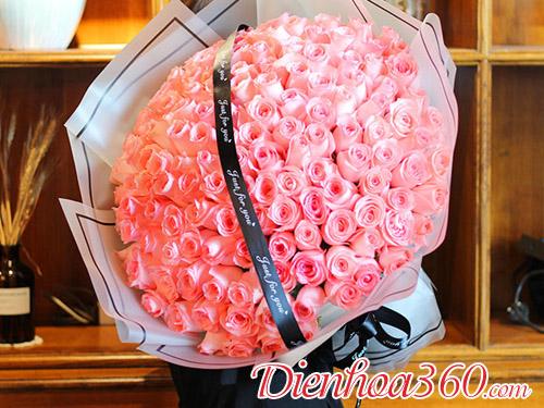 Cách bó 99 bông hồng