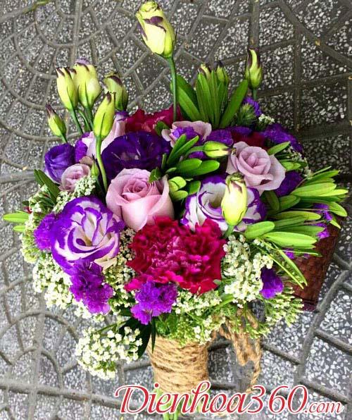 Hoa cưới cầm tay cô dâu giá rẻ