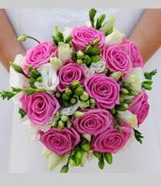 Hoa cưới cầm tay cô dâu đẹp nhất