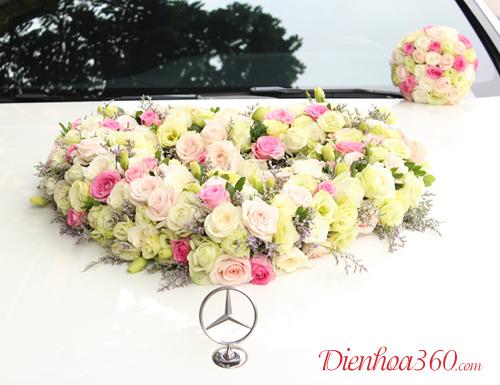 Hoa cưới hình tim đẹp rẻ