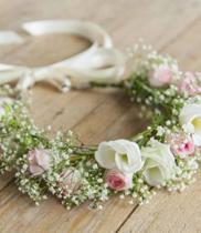 Cách làm vòng hoa đeo tay