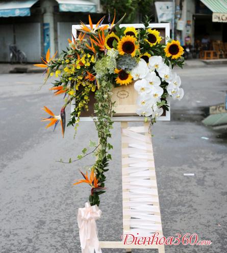 Bảng tranh hoa tươi chúc mừng