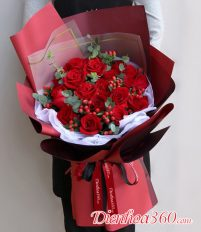 Tại sao tặng hoa hồng đỏ khi tỏ tình