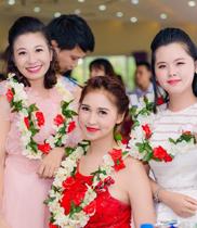 Vòng hoa đeo cổ trao giải đẹp