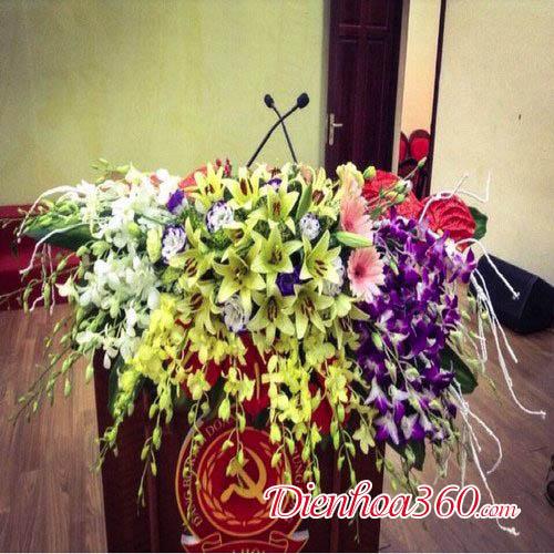 Shop hoa tươi hoa bục phát biểu