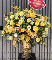 Hoa cắm bình hoa chúc mừng sinh nhật