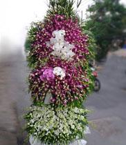 Vòng hoa tang phúng viếng
