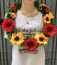 Vòng hoa đeo cổ hoa hướng dương