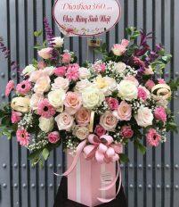 Giỏ hoa chúc mừng sinh nhật – Món quà mang nhiều ý nghĩa
