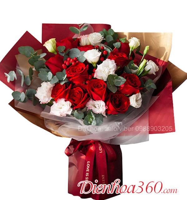 Mách bạn cách tự làm hoa hồng dáng bó tròn cực đơn giản