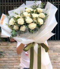 Tặng hoa hồng trắng có ý nghĩa gì?