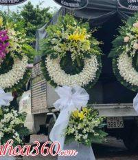 Vòng hoa viếng: Tư vấn chọn vòng hoa phù hợp với từng hoàn cảnh